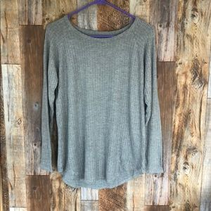 CHASER Knit Grey Blouse. Large.